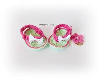 Baby Flip Flops, crochet baby flip flops, Green pink sandals, Crochet newborn Flip Flops, Baby Shoes, Crochet Baby Sandles, Girl sandlle