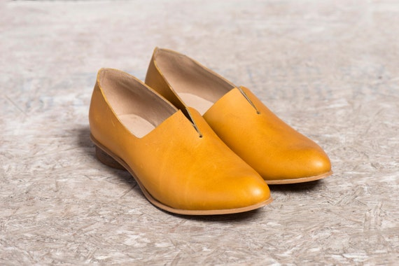 Mustard Leather Shoes / Flat Yellow Leather Shoes / Women Shoes / Every Day Shoes / Comfortable Shoes / Wooden Heels Shoes - Shelly