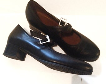 Kumfs - 9.5 US - Mary Janes, black, soft leather, ultimate comfort, classic, preppy