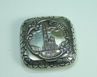 Powder compact with mirror or pill box Antwerp's Cathedral vintage  Made in Belgium