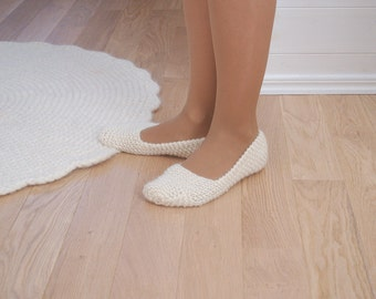 Hand Knit slippers 100% wool - Wool slipper socks white natural