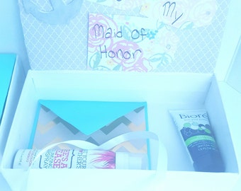 """Customize-able """"Will You Be My Bridesmaid?"""" Box"""