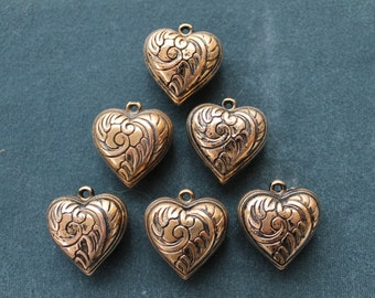 Vintage antique gold plated large puffed heart. Made in USA, 2 sided, 30x32mm, qty.6  CC77