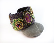 Purple cuff bracelet Bangle bracelet Fashion jewelry Trendy jewelry Bohemian jewelry Handmade jewelry Woman gift idea Flower bracelet cuf