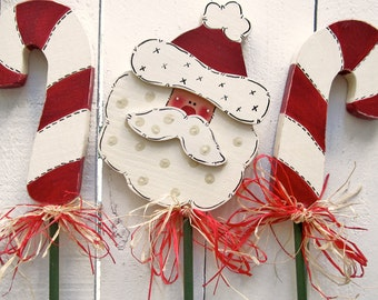 Set of 3 Plant Pokes Santa & Candy Canes Christmas Decor Santa Decor Candy Cane Decor Outdoor Santa Claus Peppermint Red White Green Wood