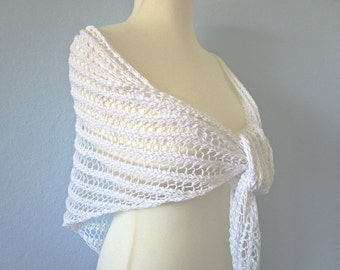 Knit wedding shawl White Knit bridal shrug White crochet shrug Crochet wedding wrap Bridesmaids bolero Crochet shawl Bridal capelet