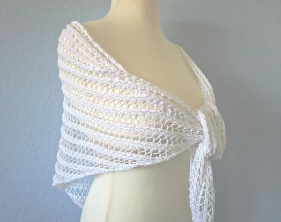 Knit wedding shawl White Knit bridal shrug White crochet shrug