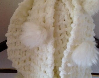 Snowball Winter Scarves/InfinityPompon Mobius Scarf