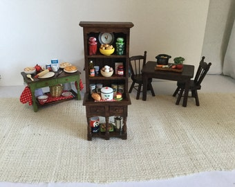 Food Pantry Hutch with Accessories for 1:12 Scale Dollhouse