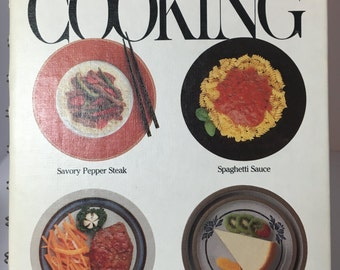Vintage Rival Crock Pot Cooking Book, 1975, Slow Cooker Cook Book