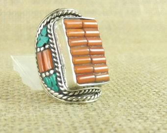 Bustier navajo coral ring