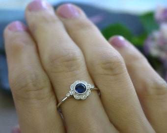 18K solid gold sapphire and diamond art deco ring