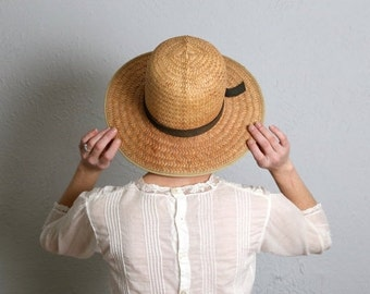 SALE- Vintage Straw Sun Hat