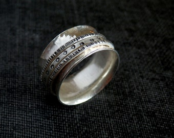 Silver spinner ring / meditation ring / silver wedding ring / recycled sterling silver ring / anxiety ring / silver fidget ring