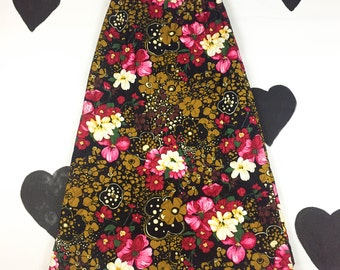 70's floral quilted hostess maxi skirt 1970's flower power psychedelic hippie long winter skirt / high waist 29 30 / L / lava acid printed