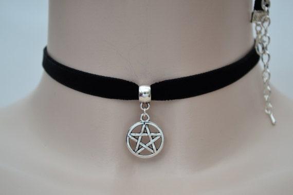 Tibetan Silver PENTAGRAM PENTACLE STAR Charm Black Velvet Ribbon Choker Necklace -ln.. or choose another colour velvet, handmade to order :)