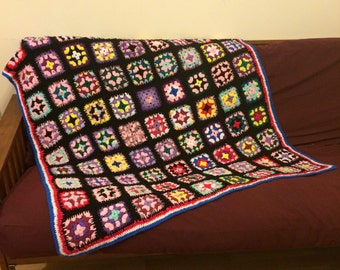 Vintage Crochet / Crocheted Granny Square Blanket / Afghan / Throw : Multi on Black with Red White & Blue Trim