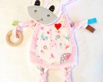 Mini giraffe baby blanket wooden organic ring teether toy