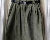 Vintage Sage Green Suede Skirt  / 1980s high waisted leather skirt / Size 9/10 Small