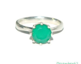 Ring With Green Stone, Natural Stone Ring, Sterling Silver Solitaire Ring