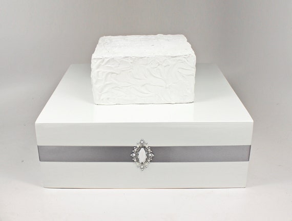 white wedding cake recipe from box silver amp white wooden wedding cake stand box with rhinestone 27370