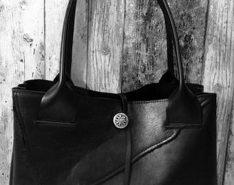Black Leather Bag Raw Edge - Zwarte Leren Tas Met Ruwe Rand en Turquoise
