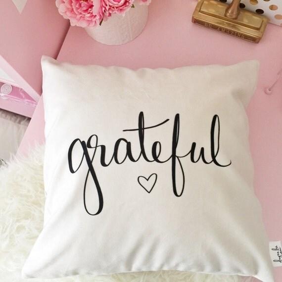 "Grateful Heart -18"" handwritten quote velveteen pillow cover"