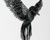 3D Bird Ornament, Beaded Bird Suncatcher, Raven Bird Necklace, Beaded Window Decor, Halloween Room Decor, Crow, Bird Figure, Raven / BB074