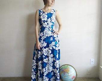 Vintage 1960s Hawaiian Maxi Dress/1960s Floral Dress