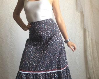 Vintage Blue Floral Prairie Skirt // 70s 80s Navy Blue Boho Summer Festival Skirt // Waist: 27