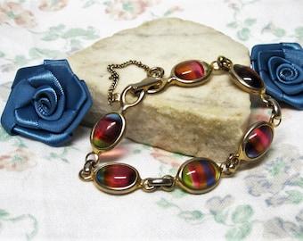 Sarah Coventry Glass Cabochon Bracelet Vintage 1960s, Art Glass Bracelet Rainbow Glass