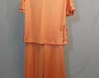 60s Orange Mod Hippe Pajama Set Size Small by Val Mode | 1960s 1970s | 3/4 Sleeve | Palazzo Pants