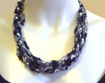 Black & White Ladder Yarn Necklace, Adjustable Fiber Necklace, Crochet Choker, Handmade Jewelry, Ribbon Necklace, Gift for Woman