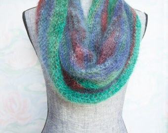 Candytuft Infinity Scarf - gorgeous colorplay!
