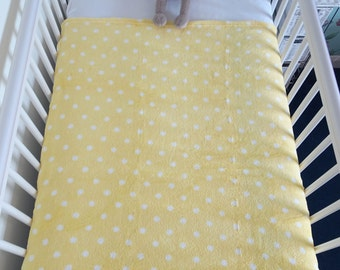 Personalised/personalized Baby Blanket. Super soft fleece polka dot blanket - Lemon