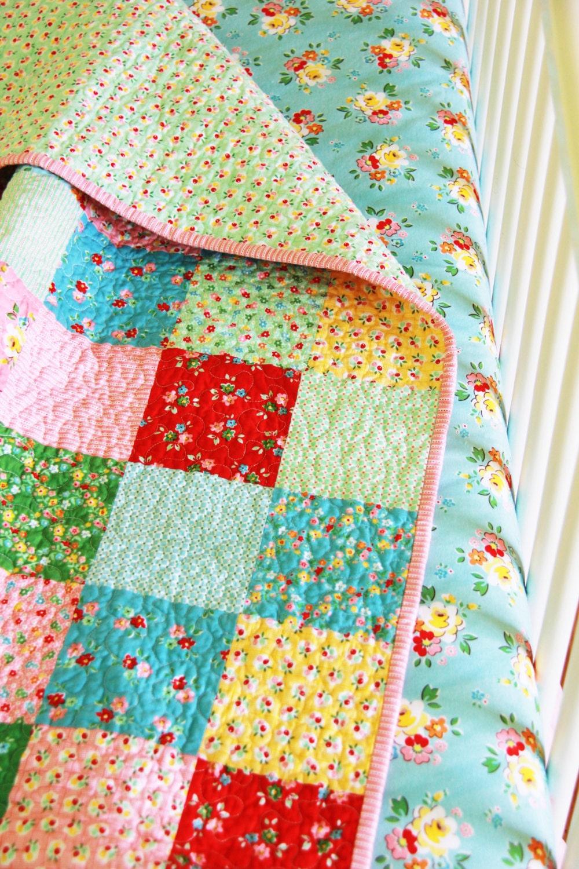 floral baby girl bedding toddler girl bedding floral quilt. Black Bedroom Furniture Sets. Home Design Ideas