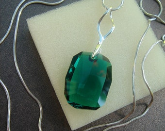 Silver necklace, sterling silver and Crystal pendants, green long,