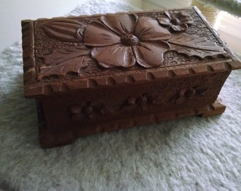 Hand-carved Wooden Folk Art Jewelry/Trinket/Sewing Box--Mexico, 1940s