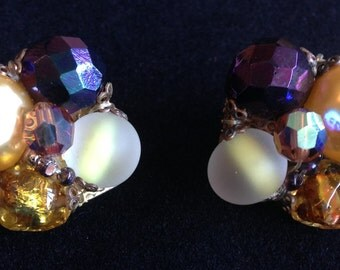 Gorgeous Multi coloured Vintage Clip On Earrings.