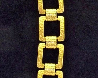 Retro Gold textured Bracelet.