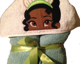 Hooded towel Tiara inspired