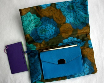 "Enger Kress 1963 ""Grab Bag"" Bright Blue Turquoise Leather Goatskin Fold-Over Wallet Clutch ID with Original Box NEVER USED Vintage"