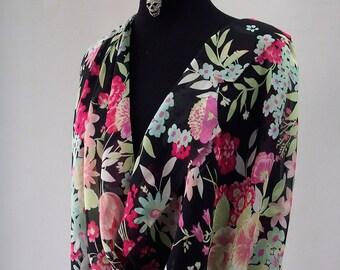 silk chiffon print fabric large floral print black background red green kaftan kimono evening 140cm wide Italy