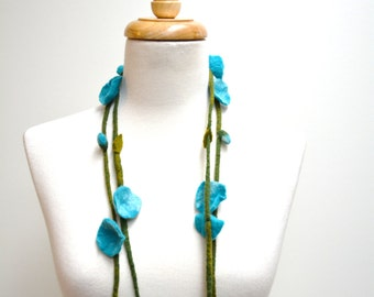 Felt Flower Garland Blue / Felt Flower Necklace