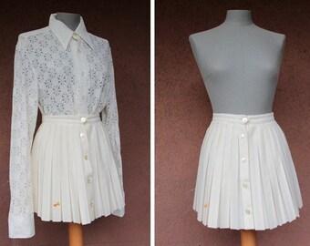 """1960's Mini Sport Skirt - 60's White Pleated Tennis """"Juner"""" Skirt - Size Xs"""