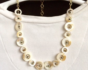 Natural Shell Necklace Shell Jewelry Beaded Bib Necklace Mother Of Pearl Beaded Shell Necklace Beaded Boho Necklace Summer Necklace Trend