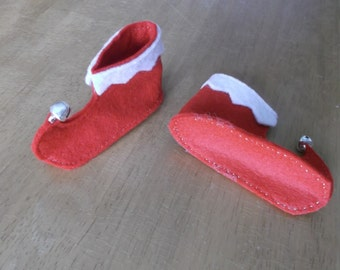 Felt larger elf boots in red