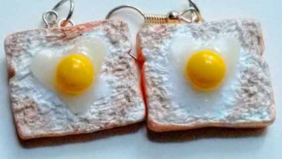 Eggs on Toast Earrings, Miniature Food Jewelry, Inedible Jewelry, Breakfast Jewelry, Toast Earrings, Kawaii Jewelry, Fake Food Jewelry, Eggs