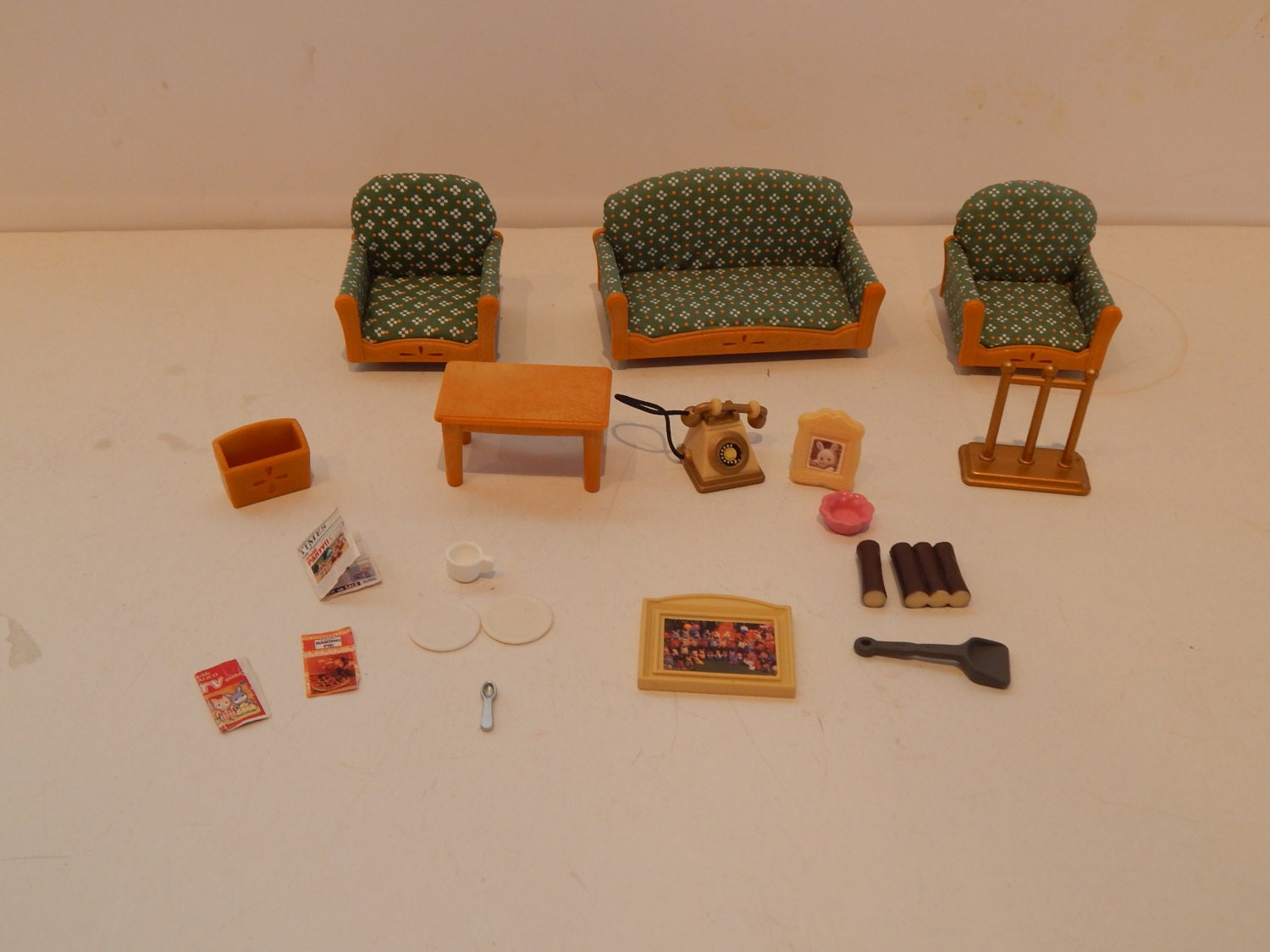 sylvanian calico critter deluxe living room set epoch made in