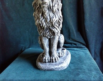 Lion Statue, casting, garden ornament